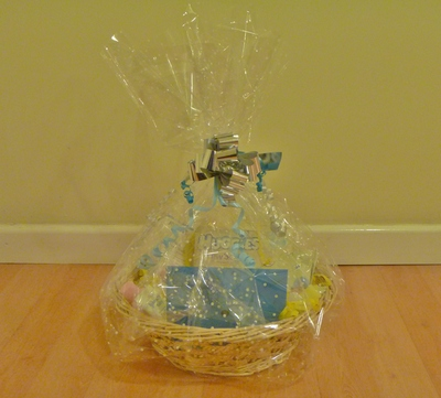 baby hamper yellow and blue toiletries