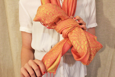 bow scarf, how to tie a scarf, ways to tie a scarf