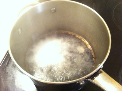 burnt food, saucepan, pot, black, vinegar, clean