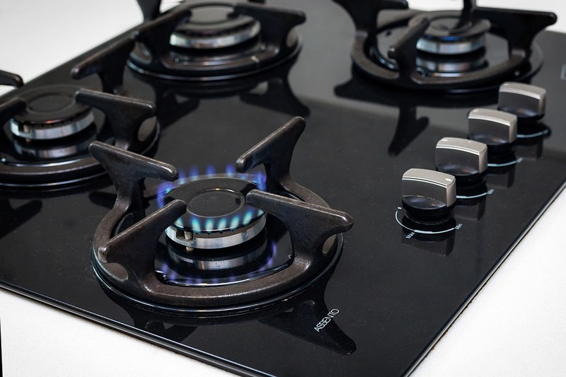 Install a Gas Cooker without Dangerous Leaks