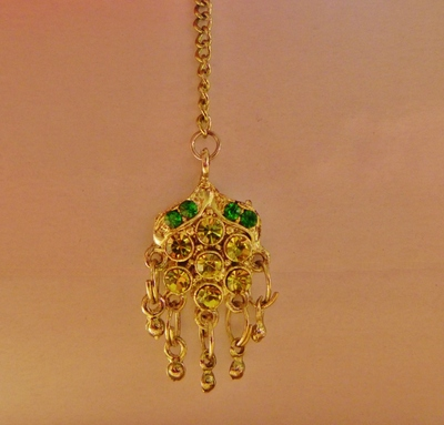 green indian tikka jewellery