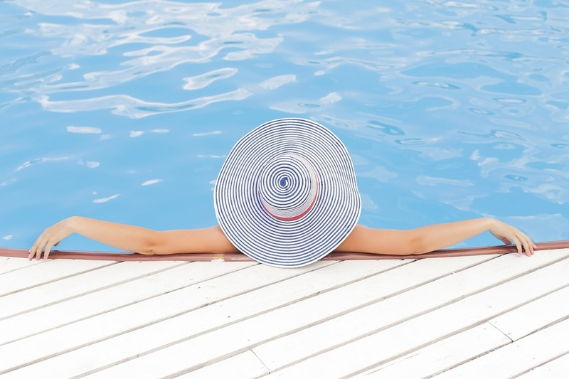 Summer Fun: How to Create a Waterfall by Your Swimming Pool