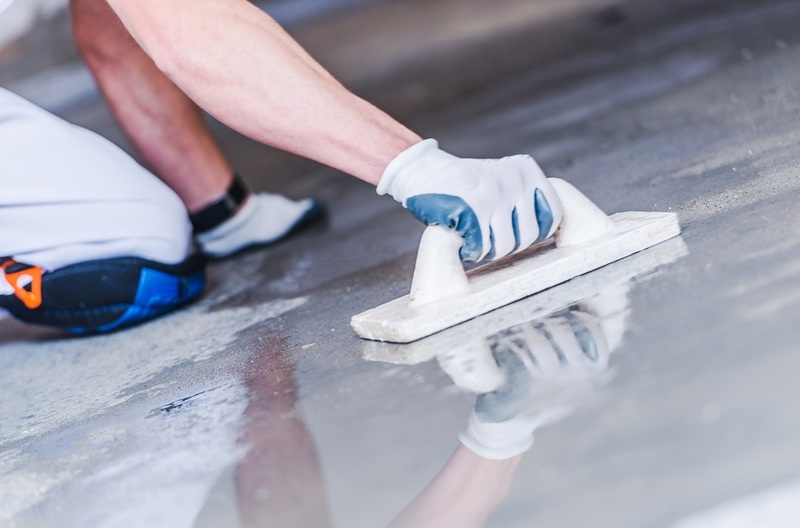 Repair The Concrete Floors With Self-Leveling Concrete