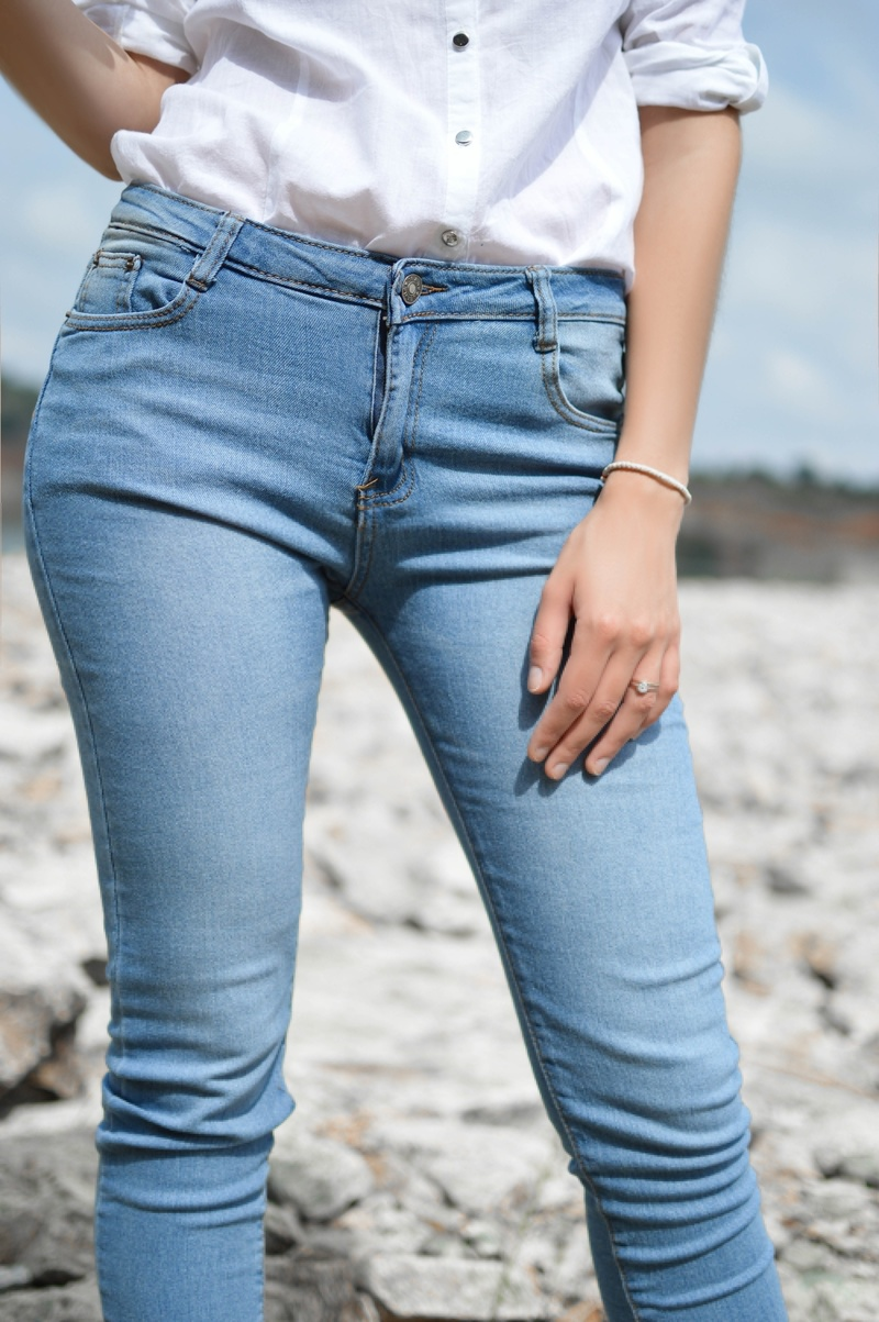 skinny jeans  - How To Choose the Right Pair of Jeans